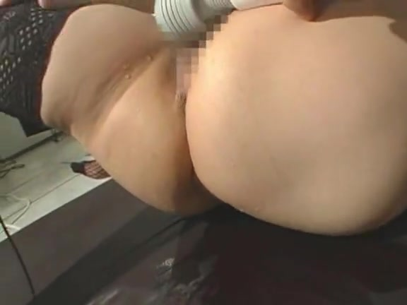 Ass a naked woman