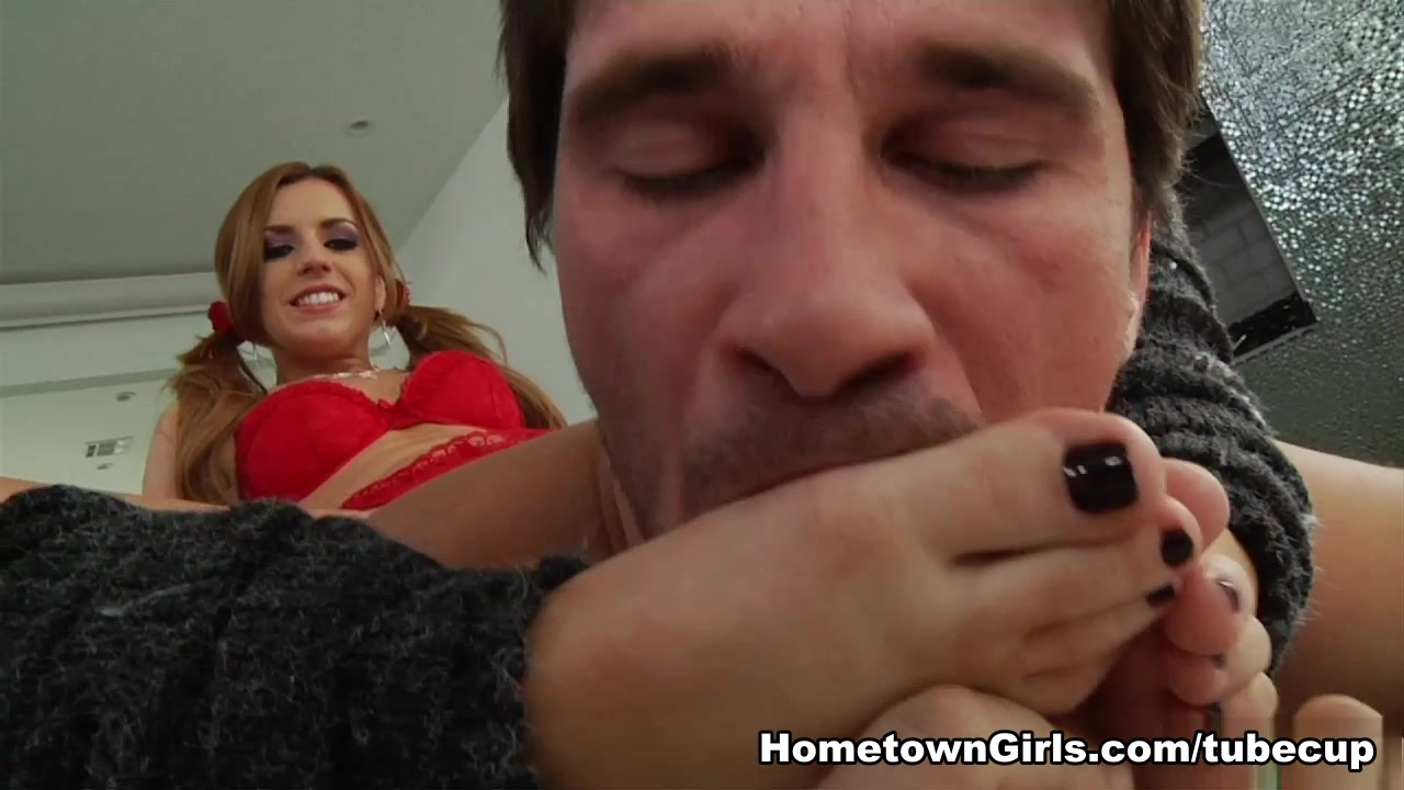 Lexi Belle in Young Toes Before Hoes