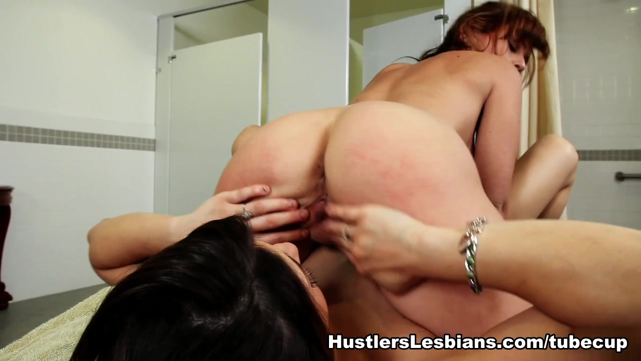 Teen red lesbians tube