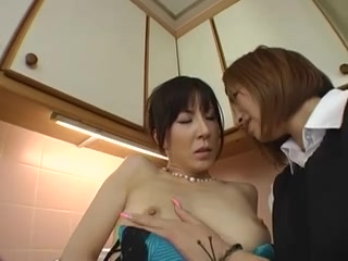 Lesbians close porn Milfa