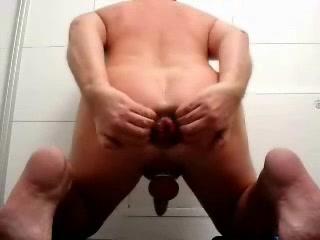 Homo German Non-Professional Arschvotze Extrem Strapons used on guys