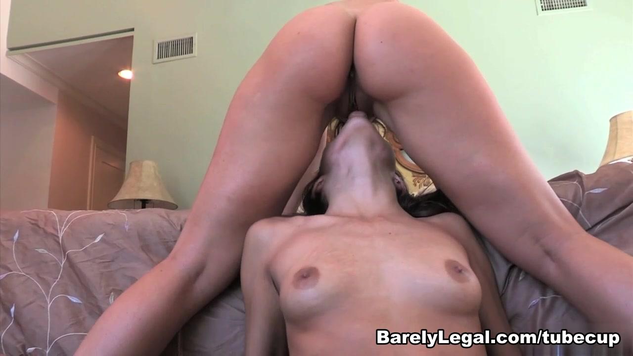 Lesbien homemade fuckd Piss