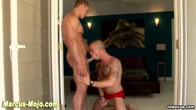 Pornstar gets hot blowjob from hunk best way to strip trim
