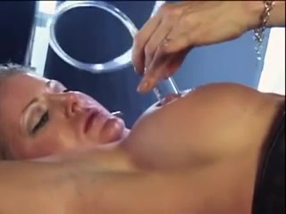 Sex oral giving woman