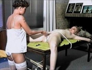 Galleries Lesbianes fucked nakal