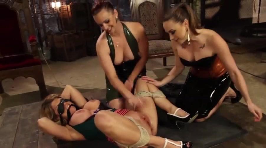 Tres porno poilue chatte
