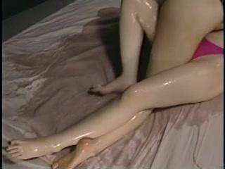 Lesben orgasim Milfa wife