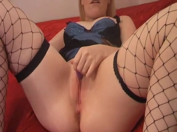 Screwing my cunt with a sex toy Pierced fur pie takes two toys