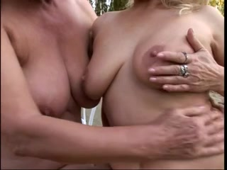 Porno tube Lesbin fucks