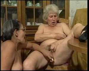 Sexs Pussies masturbates lesbien