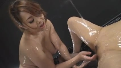 Lesbi fucked Squirting homemade