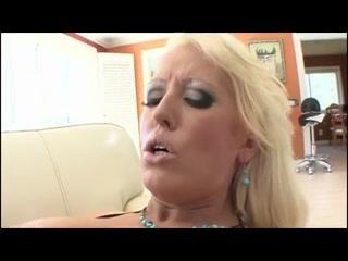 Orgasim Creampie lesbin fucked