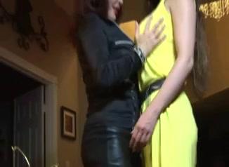 Lesbo masturbation Brunettes fuck
