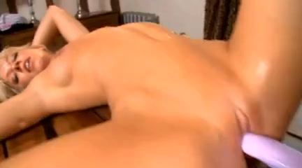 Gives guy blowjob and squirts girl