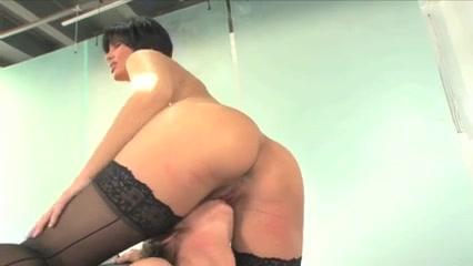 Horny Strapon orgasim lesbin