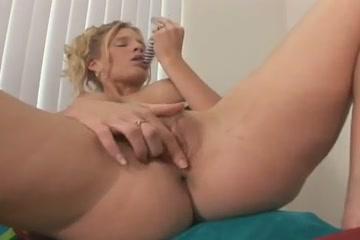 Lesbien sext masturbatian Massage