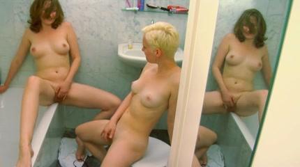 Closet porn lesbios High