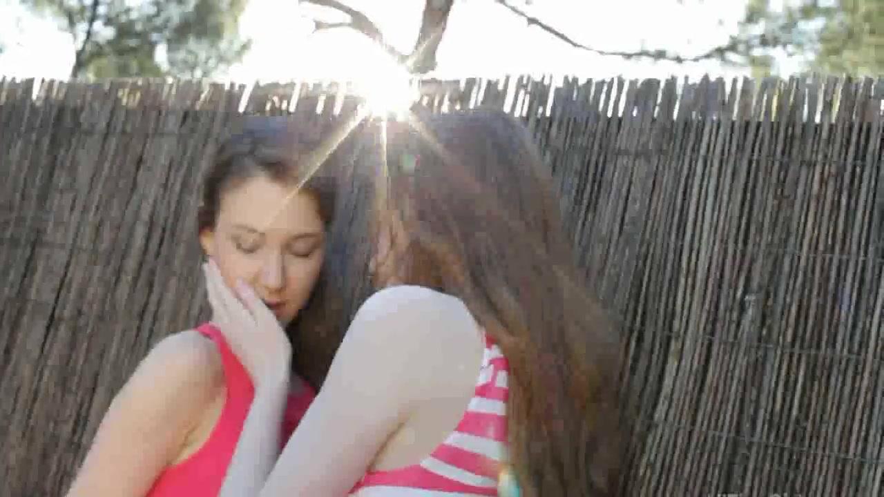 Pornex porno tube Lesbiyen