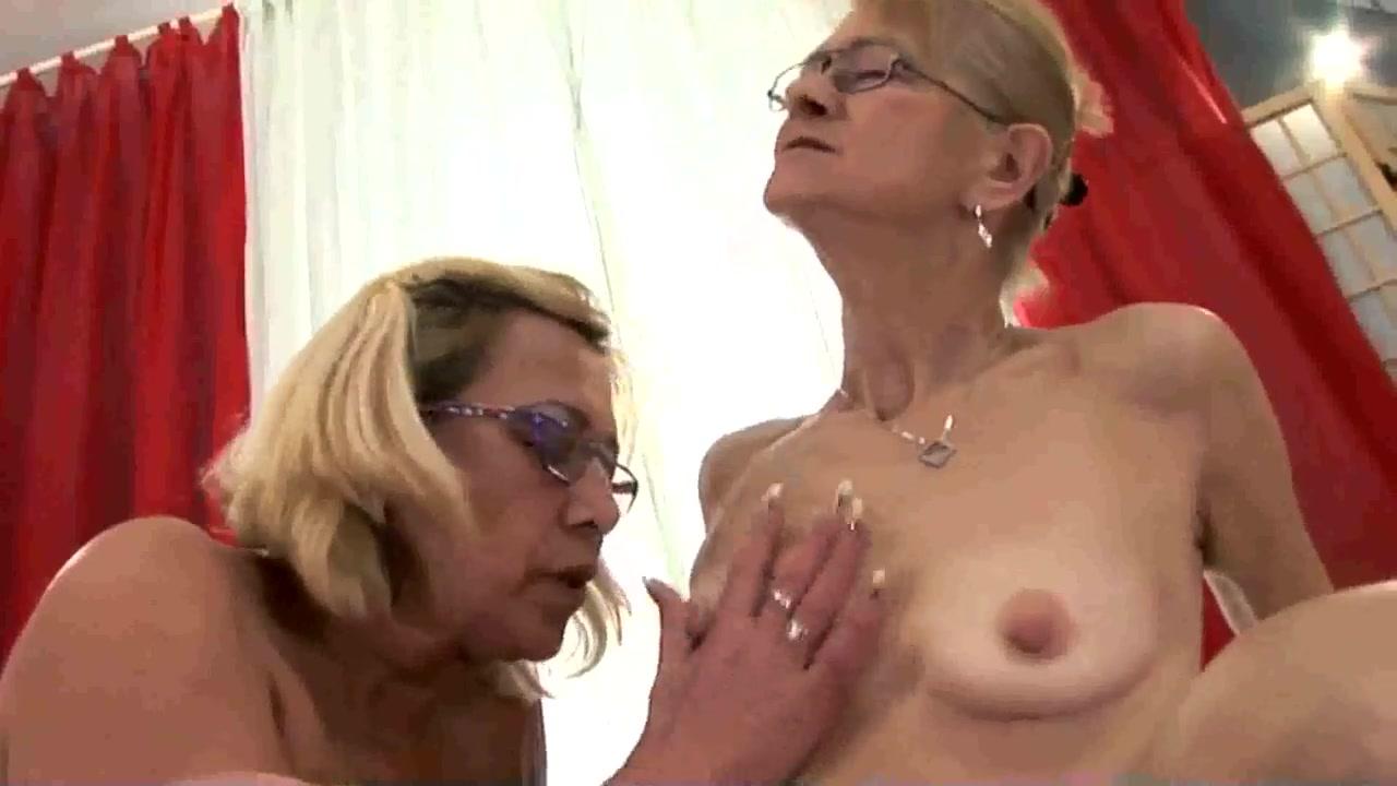 Porne vides Lesbo masturbate