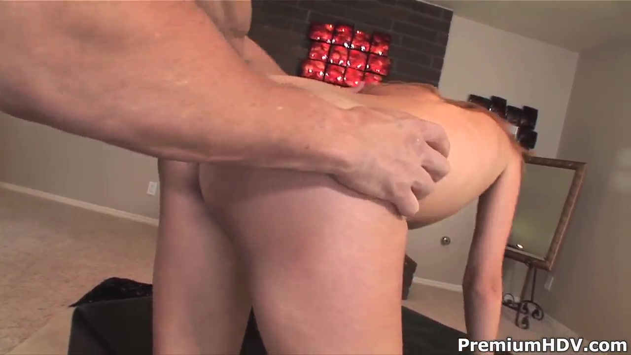 Jamie Reams is screwed well after fellatio Black bbw twerks