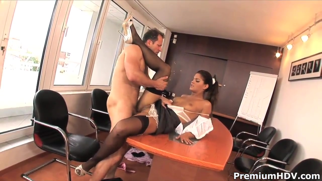 Naughty secretary Valentina Rossini fucking Surprise Lesbian Threesome In Bed