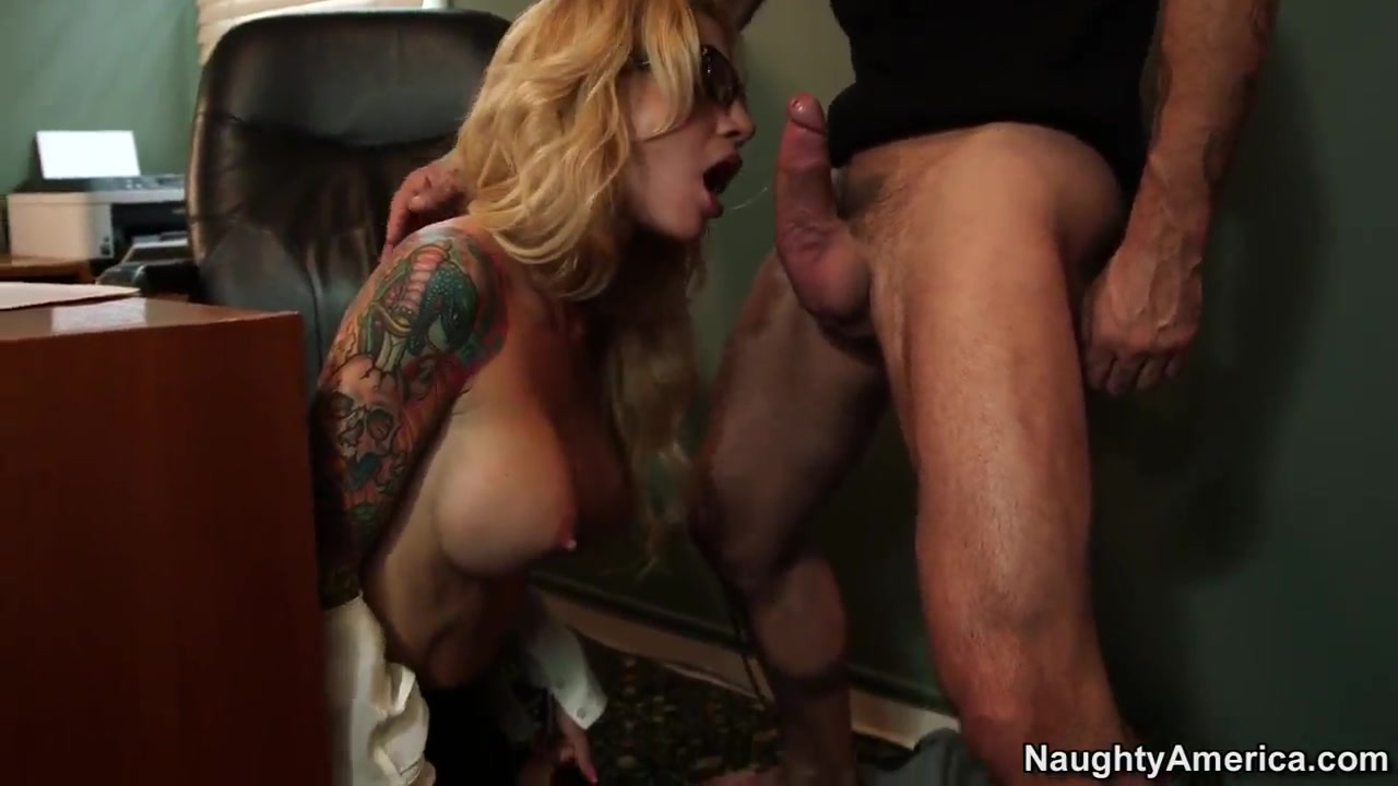 Tough guy Alan visits his new parole officer Sarah Jessie Nude nurses tiny tits