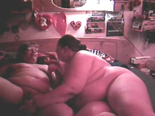 Sexx Vibrator fucked lesbiean