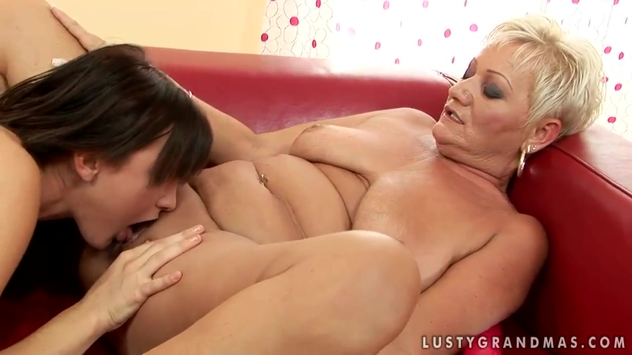 Cecily goes down on a old lesbo Twink shorties clips