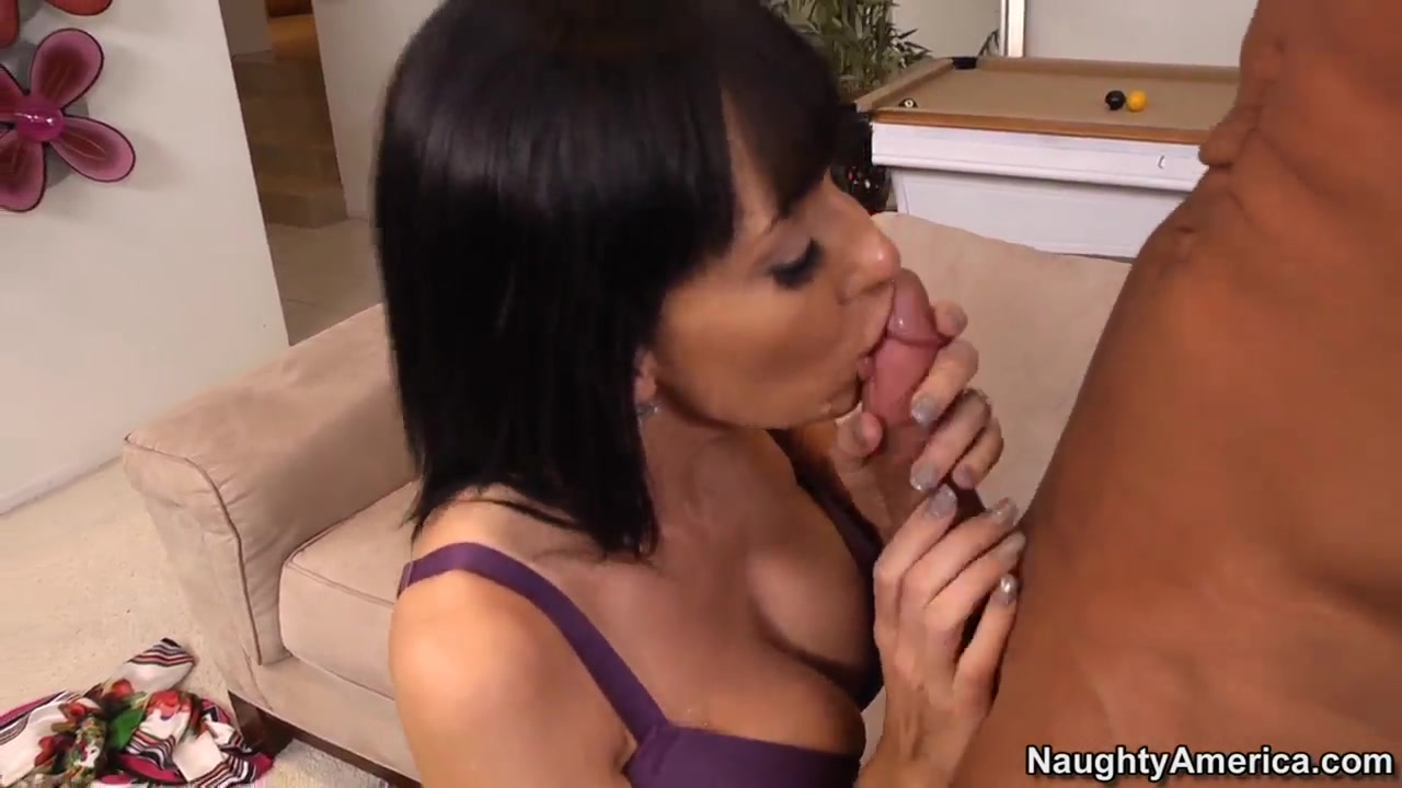 Alia Janine wouldnt mind to have her tits banged