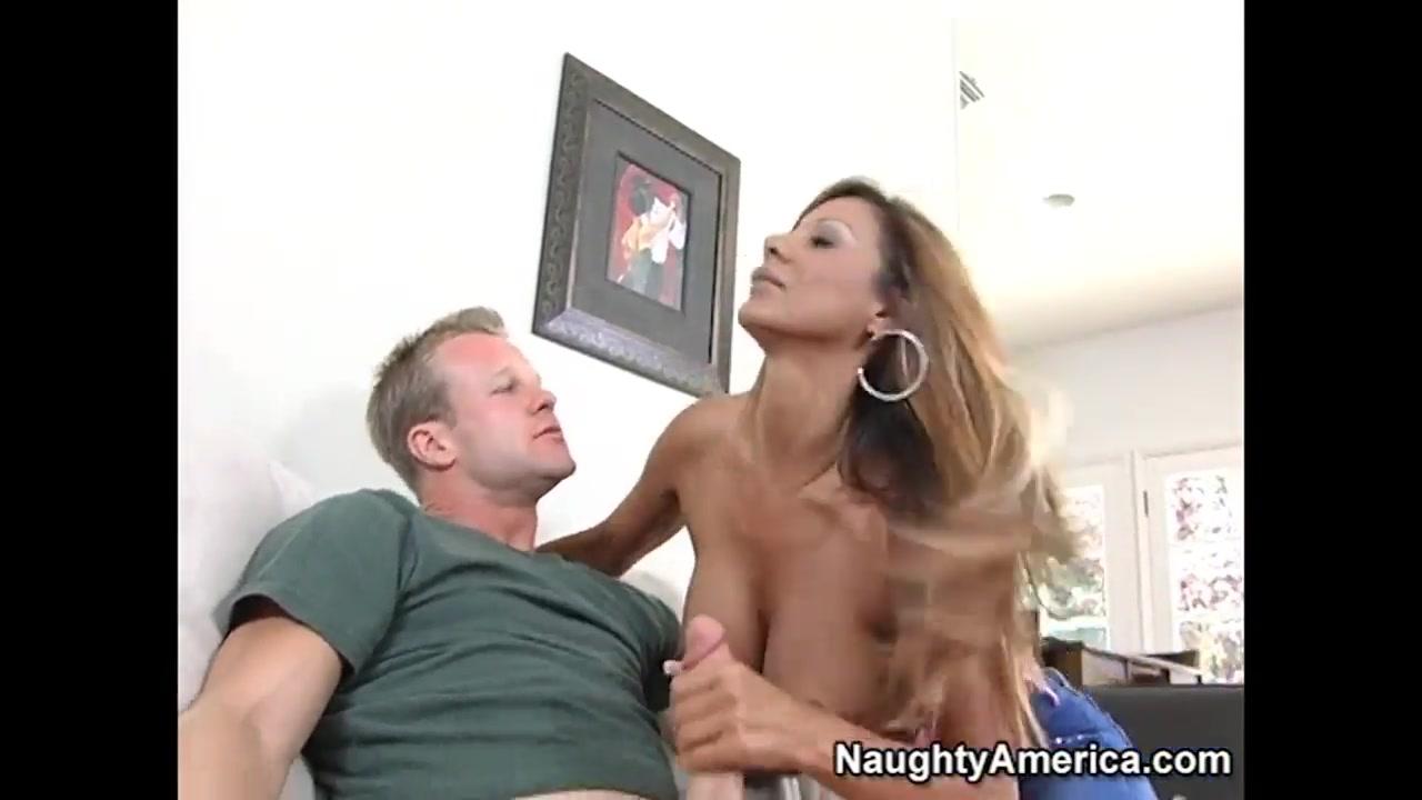 Mom Naughty Big Tits Milf