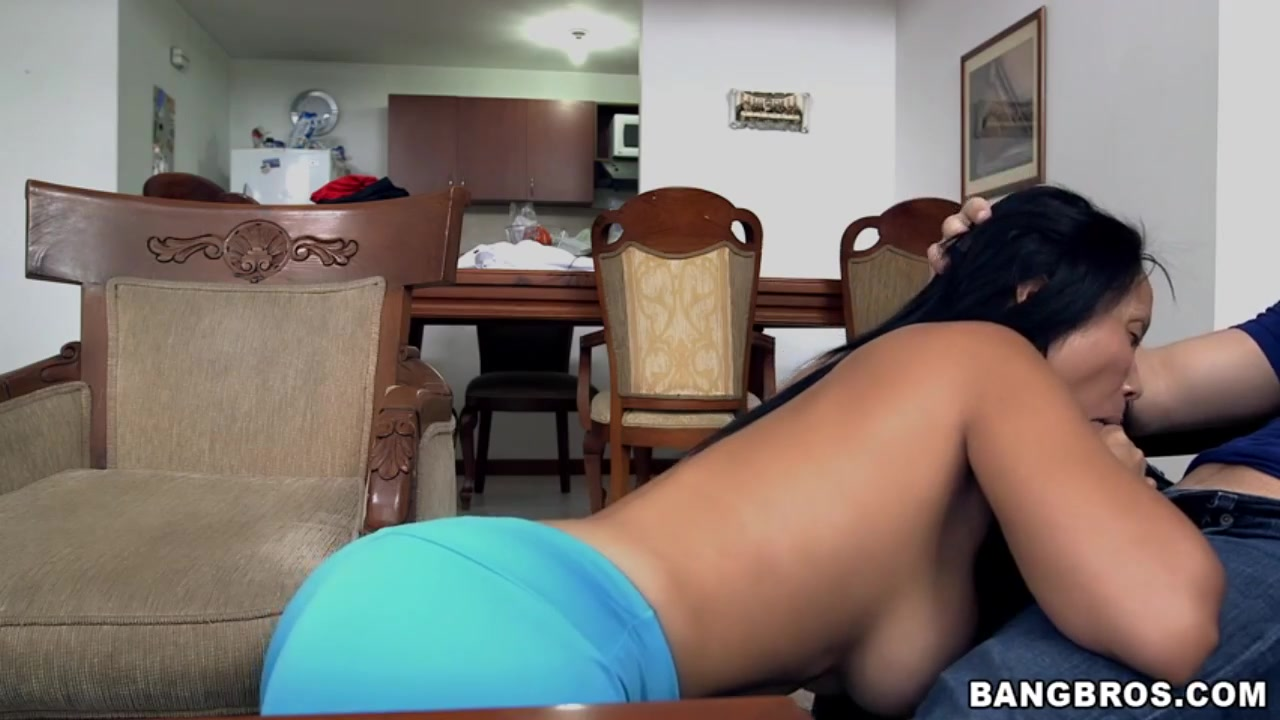 Columbia Finest Fit Naked Girls Kissing