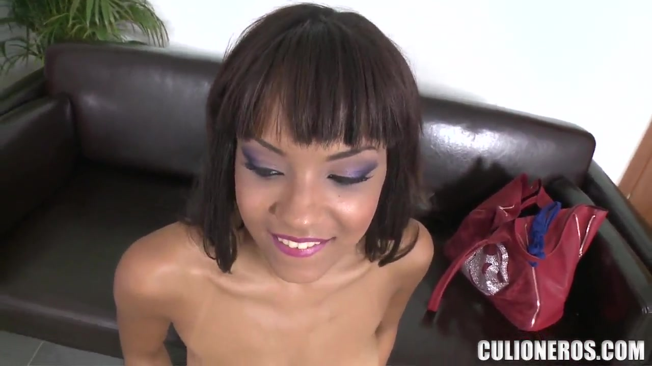 Sasha Jones kneeling and starting to suck Ellie bbw joi