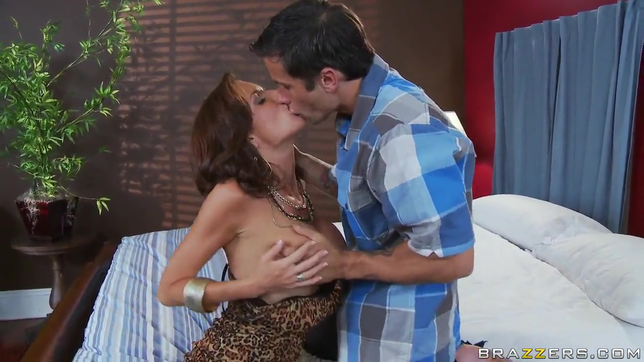 Veronica Avluv and Alan Stafford hot couples fantasies most awkward sex positions