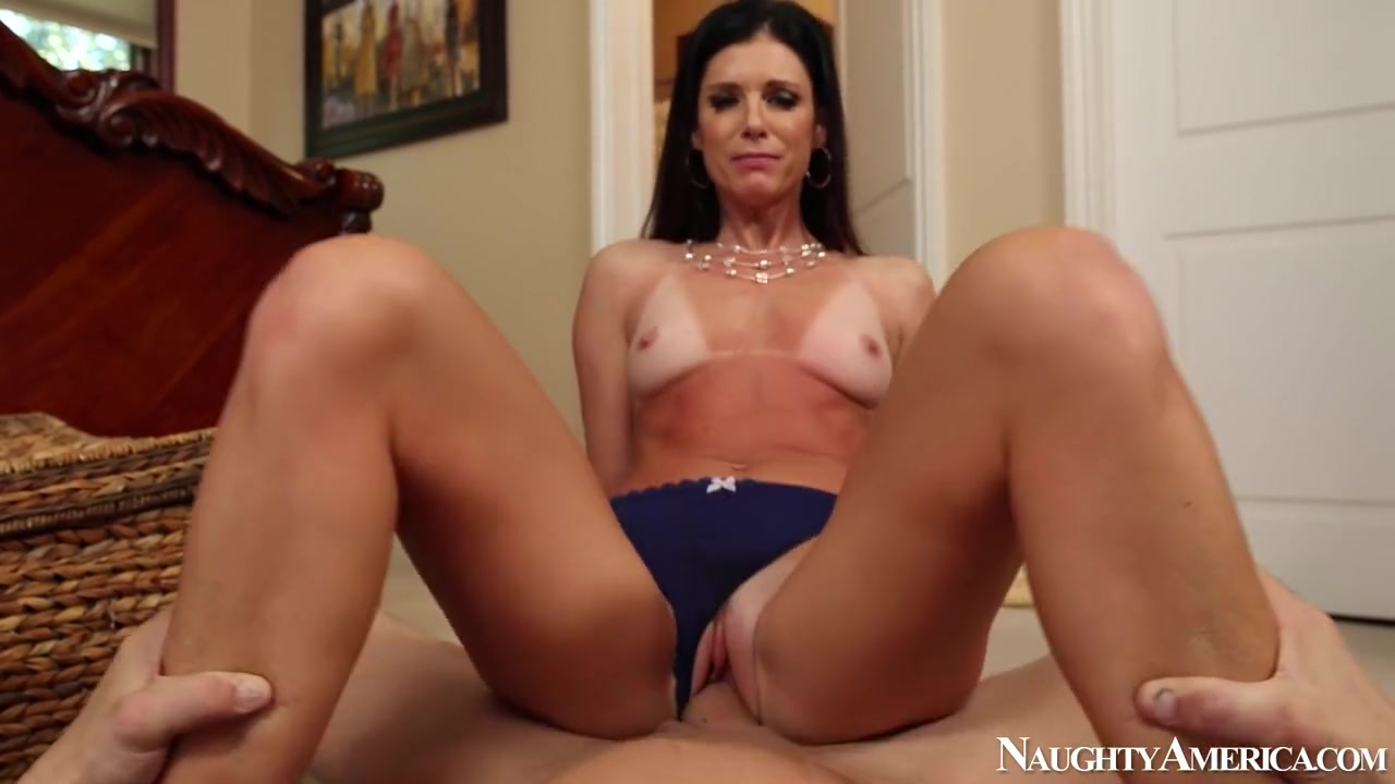 India Summer & Billy Glide in House Wife 1 on 1 Grls Xxx Hd