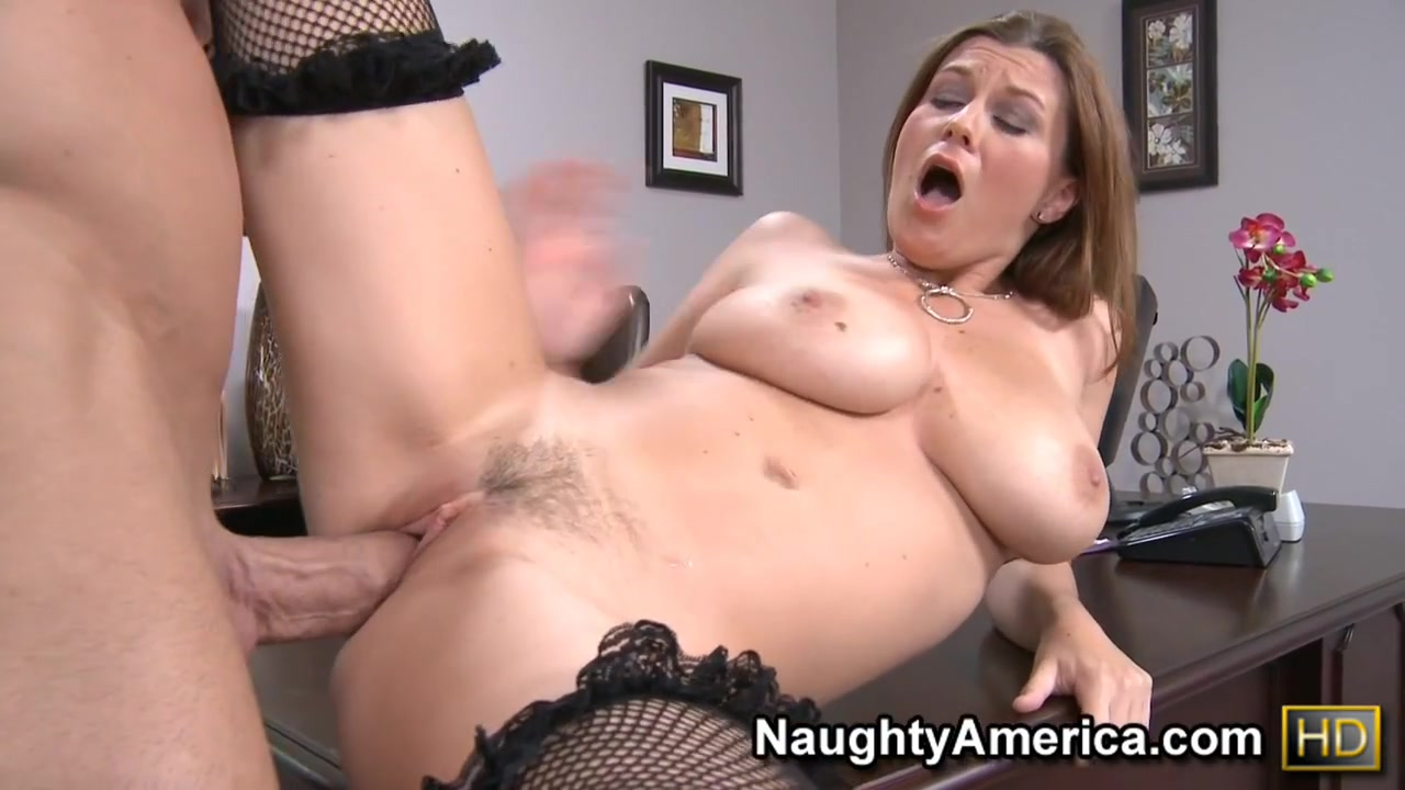 Sara Stone & Billy Glide in Naughty Office How long was jon and daenyeris sex scene