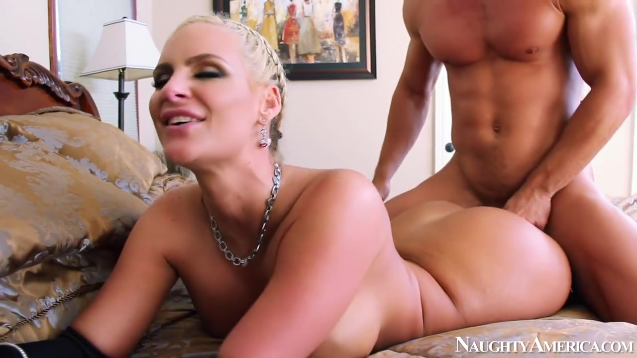 Phoenix Marie & Johnny Castle in My Wife Shot Friend photos of woman doing men with dildos