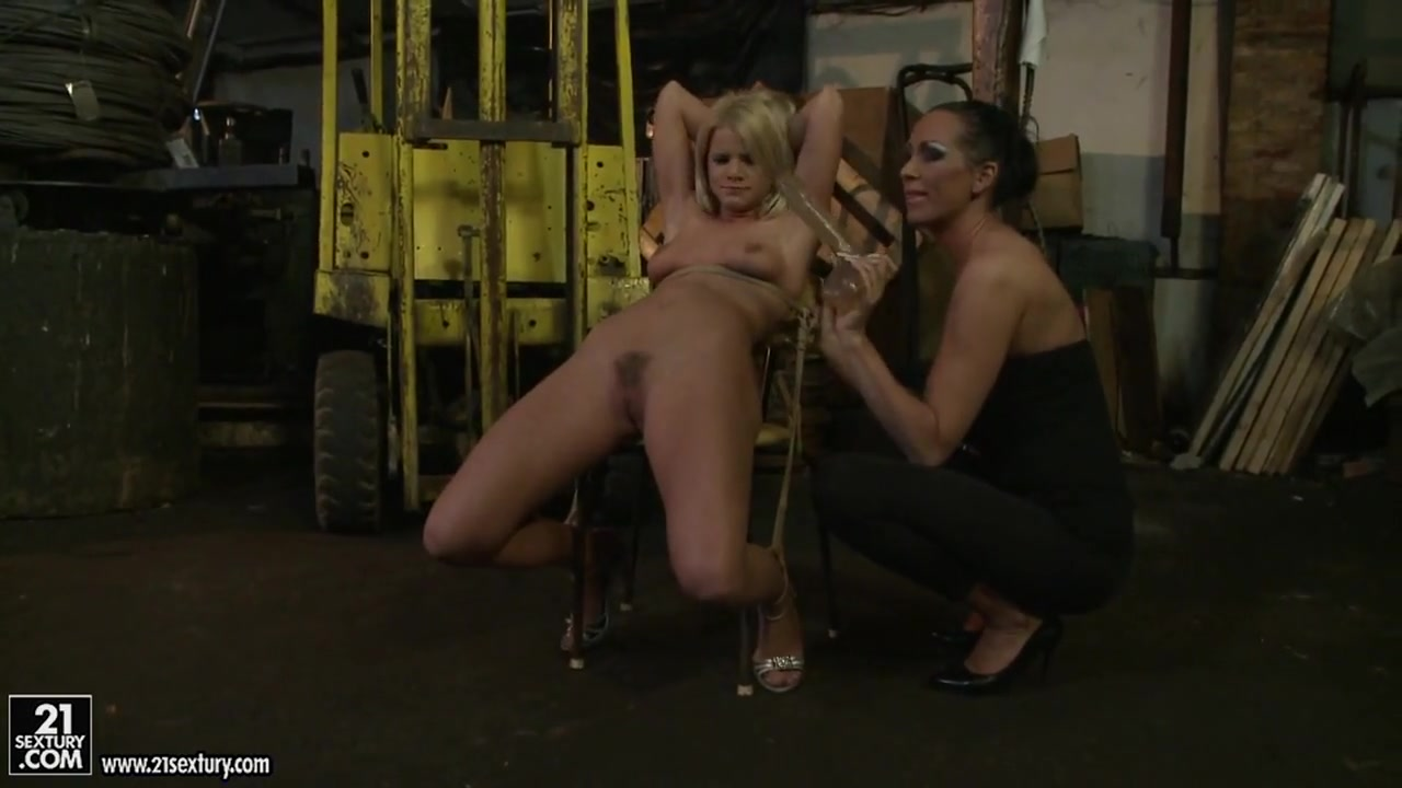 Mandy Bright dildoing a lusty babe on chair Jaelyn fox getting fucked really hard