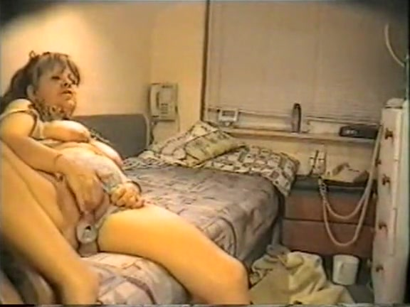 Older couple action of love at home Short girl fingering herself