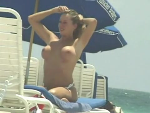 Extremely arousing and sexy chicks a re caught on cam