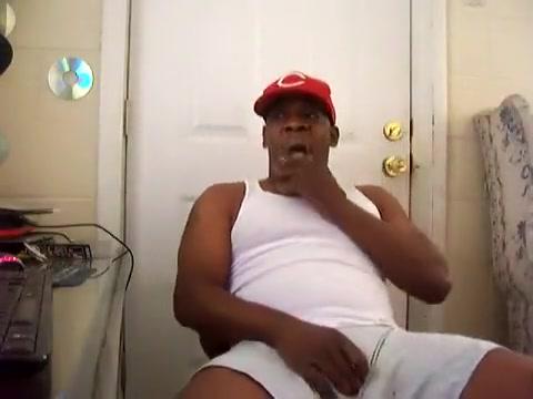 THUG WANKING LARGE DARK WEENIE TIL IT CUMS Granny big tits white bra