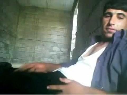 irani Amateur ass fisting
