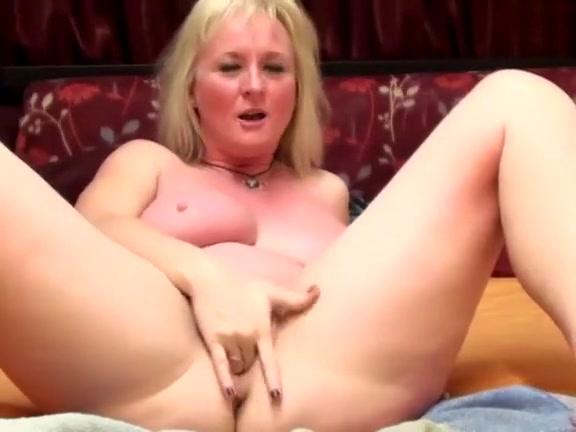 Clitoris lesbiana sexo fucks