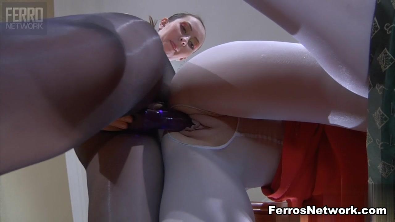Masturbates Milfs lesbion girls