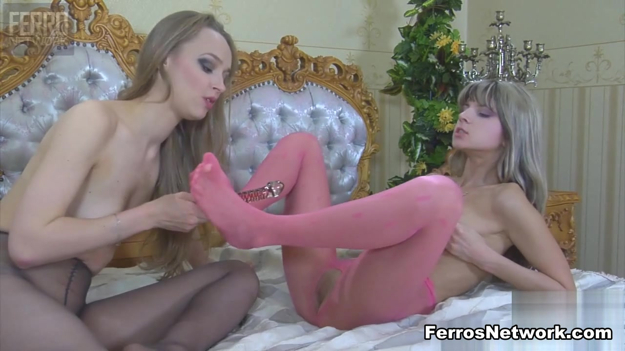 Lesbianh sexo orgey moved