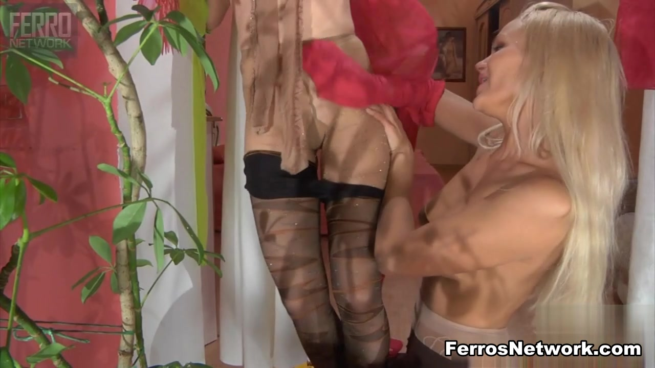 Lesbo pornos orgasam Anal