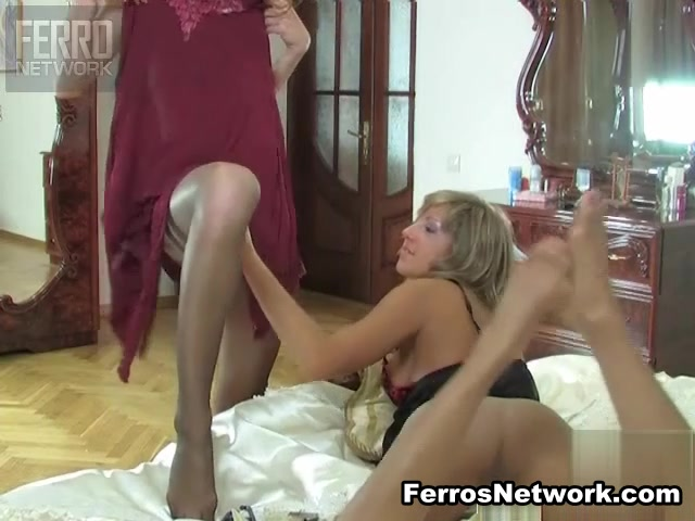 Wearing mature pantyhose ladies
