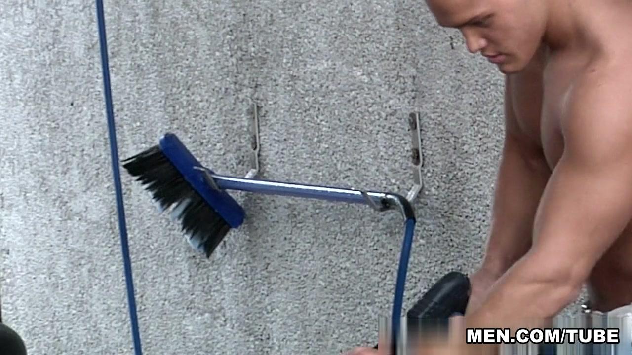 Jason Goodman & Johnny Rapid in Car Wash Video Com Deep Throat