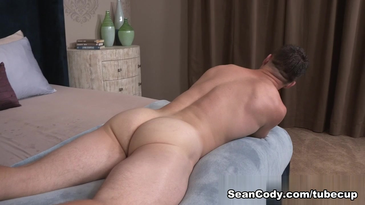 Sean Cody Scene: Powell shemale transex video gratjs
