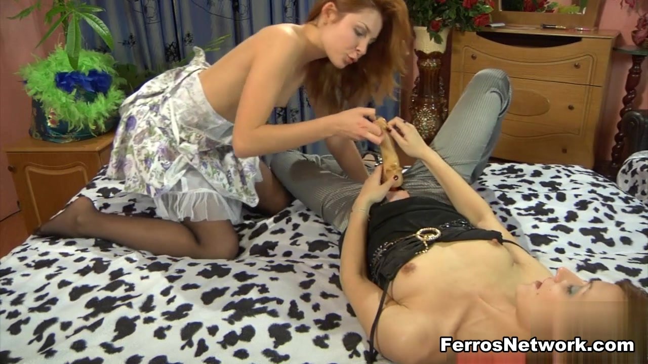 Home real video lesbian