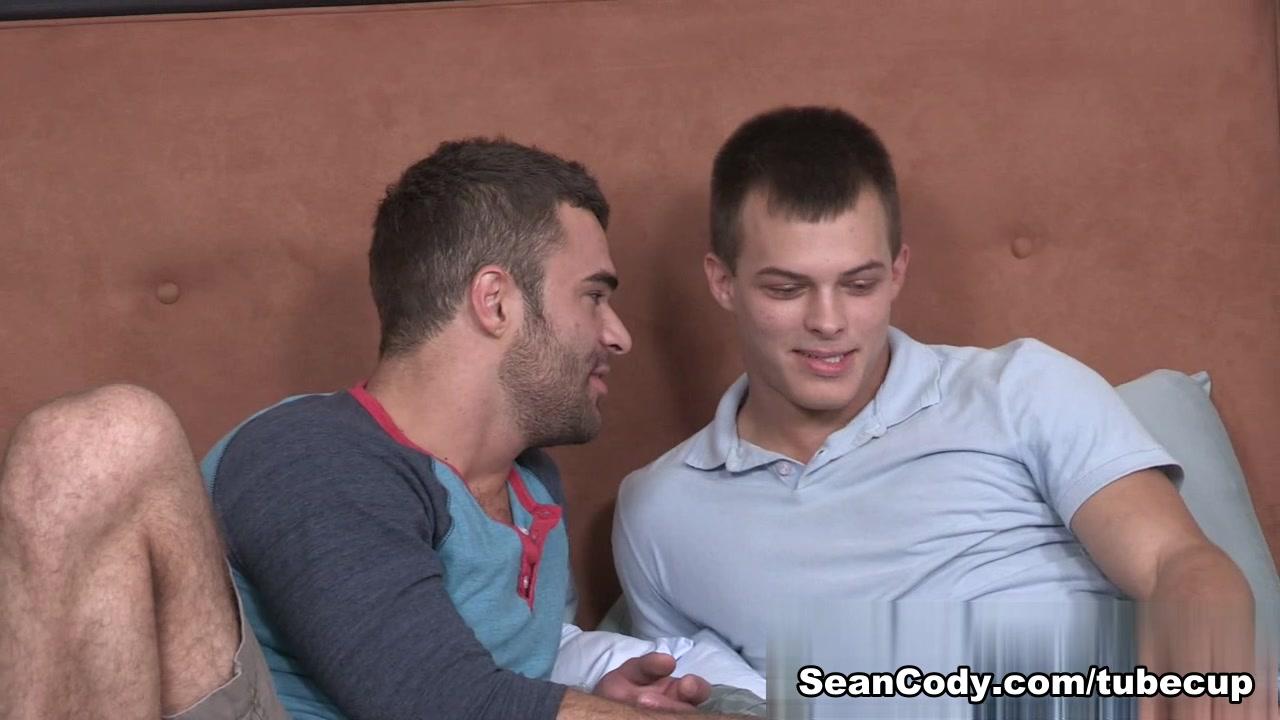 Sean Cody Clip: Jayden & Pavel - Bareback gay video free previews